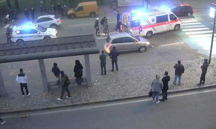 Diciassettenne in moto travolge donna sulle strisce e la manda in ospedale
