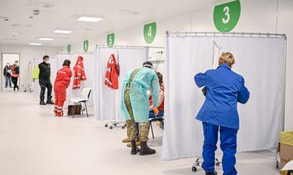 Quanto ci vuole per fare il vaccino? In Fiera a Milano si cronometrano i tempi