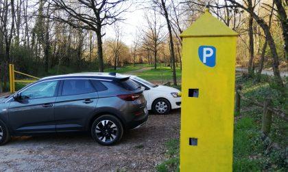 Il parcheggio della penisola dell'Adda diventa a pagamento