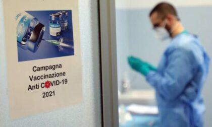 Vaccini anti-Covid per i più vulnerabili: in Lombardia via alle prenotazioni il 6 aprile