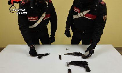 Tre pistole trovate in un campo a Vignate dai Carabinieri