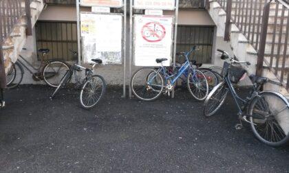 A Bussero c'è la rimozione forzata anche per le biciclette