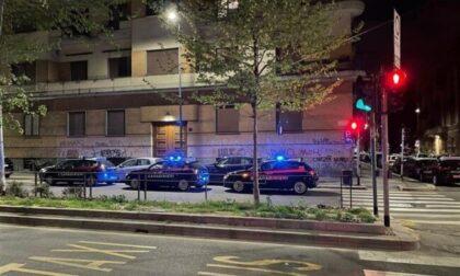 """Feste """"clandestine"""" a Milano e provincia: 60 ragazzi multati"""