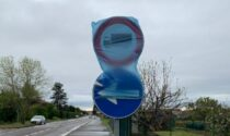 Grezzago, via Liguria resta chiusa per colpa… di un cartello
