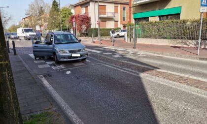 Incidente a Cernusco: anziana investita in bicicletta