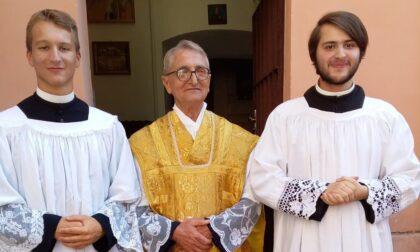 Pastore in mezzo alla gente. La comunità di Melzo piange padre Sandro Brambilla