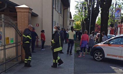 Esplosione e fiammata sul balcone, evacuato palazzo