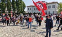 Martesana Libera ancora in piazza contro la libreria Altaforte: 18mila firme consegnate al sindaco di Cernusco