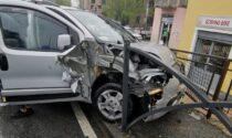 Truffatori  fuggono dai Carabinieri col figlio di 18 mesi in auto e si schiantano