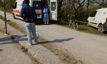 E' morto l'anziano caduto in bici nel Naviglio dopo un malore