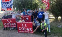 Lavoratori uno contro l'altro per lo sciopero al deposito di Mondo Convenienza