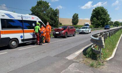 Incidente sulla Sp39 a Truccazzano: auto si schianta contro un mezzo pesante