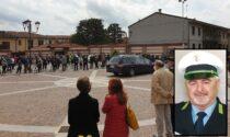 In centinaia per l'ultimo saluto all'agente della Polizia Locale morto in un incidente