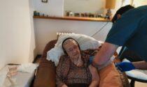 """Finalmente vaccinata la """"super nonna"""" di 101 anni"""