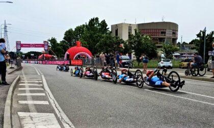 Il Giro d'Italia Handbike 2021 colora Pioltello. Per le vie della città si corre la seconda tappa