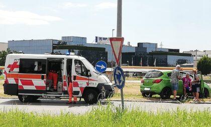 Ciclista investito sulla Cerca a Pessano. Sul posto ambulanza, Carabinieri e Polizia Locale