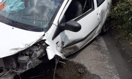 Cambiago: schianto su via Matteotti, due donne in ospedale