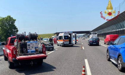 Incidente in autostrada, due feriti
