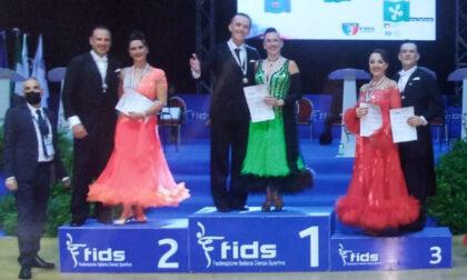 Luca Marzi e Sonia Febbraro campioni Italiani Fids di danze standard