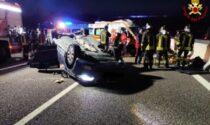 Auto ribaltata in A4: soccorse cinque persone, tra cui due adolescenti