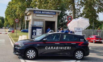 Parcheggiatori in nero e telecamere abusive all'Idroscalo: multe per 14.400 euro