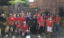La visita dell'arcivescovo Delpini al centro vaccinale di Vimodrone: raggiunte le 30mila dosi