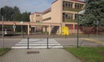 """Rivoluzione """"green"""" a scuola a Cologno: arrivano anche le finestre """"anti-vandali"""""""