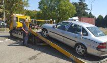 """Oltre settanta veicoli abbandonati a Brugherio: prosegue l'operazione """"Strade pulite"""""""