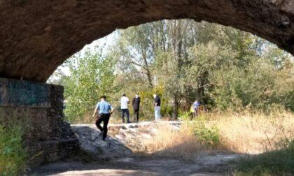 Cadavere trovato sulla sponda dell'Adda