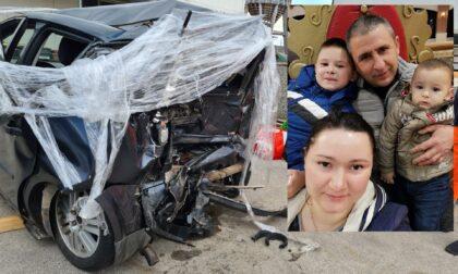 Tragedia in autostrada, morti due fratellini