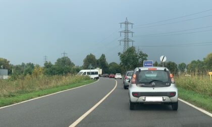 Incidente alla rotonda tra Pozzuolo e Melzo, lunghe code sulla Provinciale 103