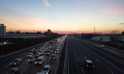 Incidente in autostrada A4, coinvolto un mezzo pesante